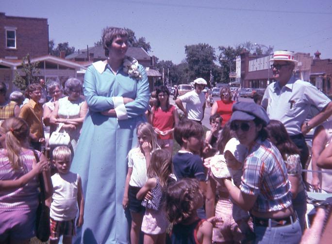 Tallest woman over 8 feet tall, pants factory made her a dress.